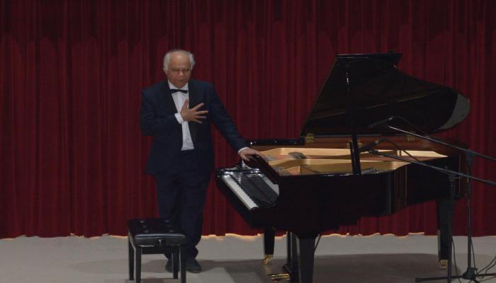 Gülsin Onay Piyano Günleri Pierre Reach resitali ile devam etti