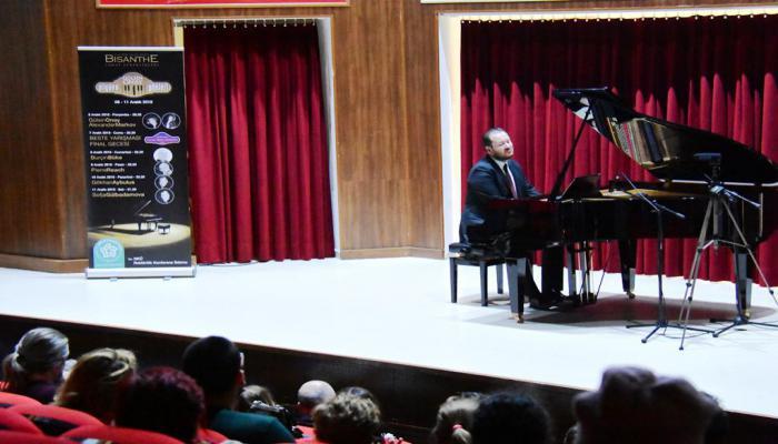 Piyano Günleri Gökhan Aybulus'u ağırladı